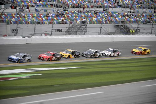 Daytona 500 purse in high gear, topping $23 million