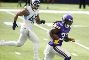Cook leads Vikings into Houston in matchup of winless teams