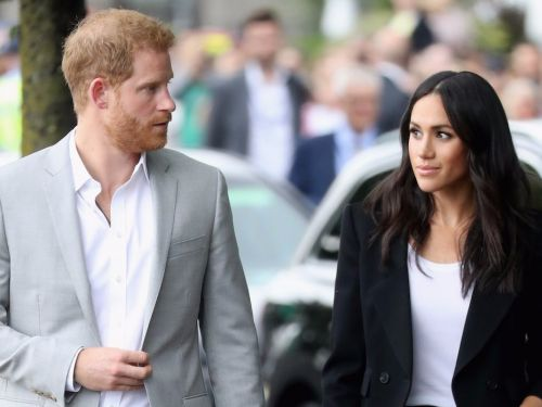 A former royal bodyguard thinks Prince Harry 'could have done something' to stop Meghan Markle's father from talking to the press