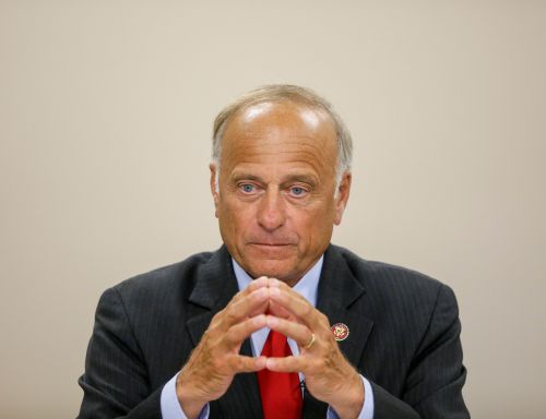 Activists rally with Rep. Steve King in support of no-exceptions abortion ban