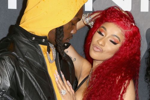 Cardi B wearing her engagement ring from Offset again
