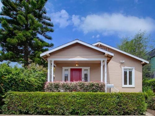 18 small homes you won't believe cost $1 million