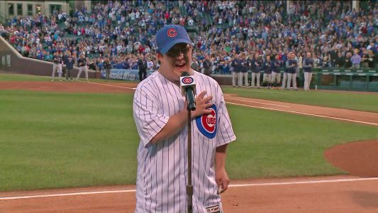 Singer with Down syndrome wows Cubs crowd