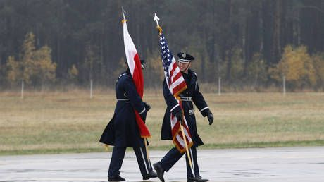 All about 'freedom gas'? Washington 'plays Polish card against Germans' moving US troops east