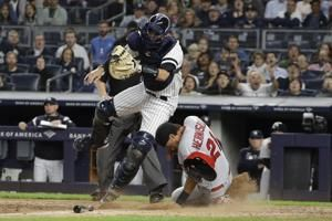 Ottavino botches throw, Yankees miss to chance to clinch
