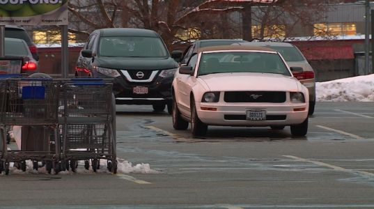 Woman sprayed in face, has purse snatched after leaving Colerain store