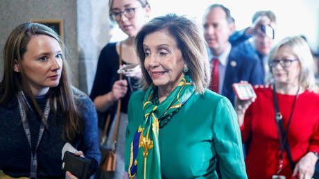 Pelosi announces impeachment managers before House votes to send articles to Senate for trial