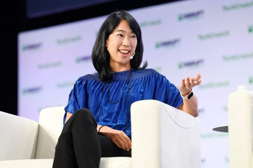 The 3 books that changed the life of Ann Miura-Ko, the VC founder and Stanford University professor who invested in Refinery29, Lyft, and JoyRun
