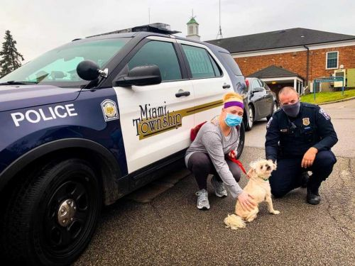 Officer reunites family with dog missing for 5 years