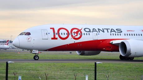 Bravery or 'Covidiocy'? Mixed reviews as UK travel agency says it will boycott Qantas over compulsory Covid-19 vaccine policy