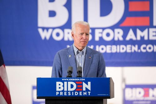 Biden refuses to apologize for remarks about segregationists