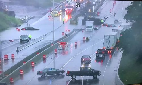 I-43 shut down at Green Tree due to flooding
