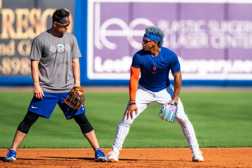 Francisco Lindor taking time to instruct Mets teammates on defense