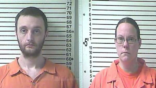 2 arrested in Hardin County after allegedly stealing $47k from resident's lock box