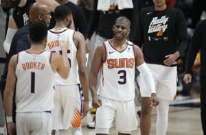 Analysis: Chris Paul, like it or not, is the favorite now