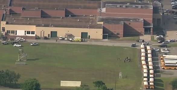 Police responding to reports of shooting at high school in Southeast Texas
