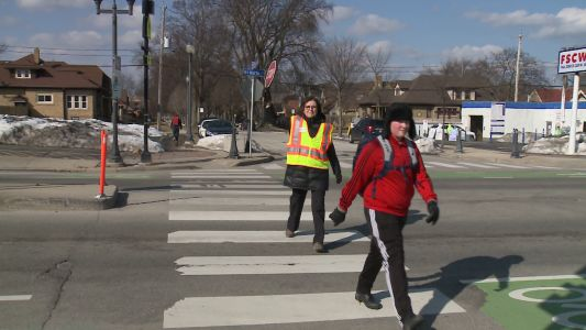 Crossing guard crisis: Mayor steps up