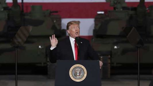 The Latest: Trump arrives in Ohio to tour Army tank plant