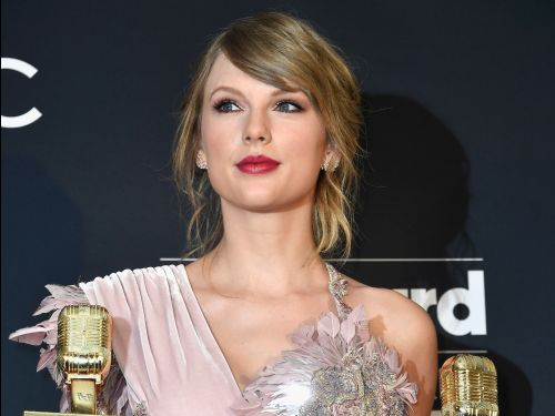 Taylor Swift just turned 30 and already owns at least $81 million in real estate in the US. Here's a look at her mansions and penthouses