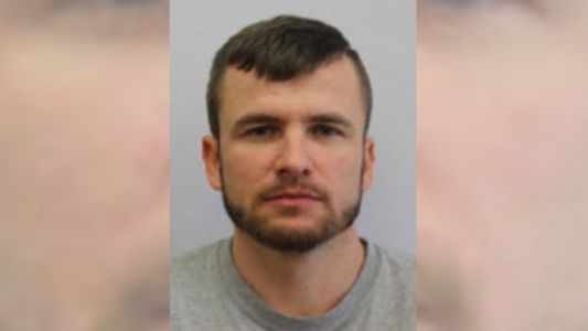 Inmate escapes during transport in Warren County