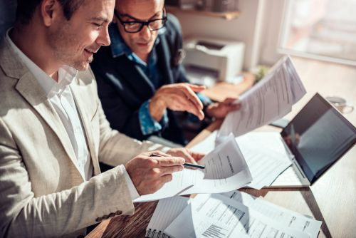 What to Know When Choosing Business Insurance