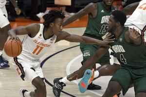 Dosunmu scores 24 as No. 8 Illinois holds off Ohio 77-75