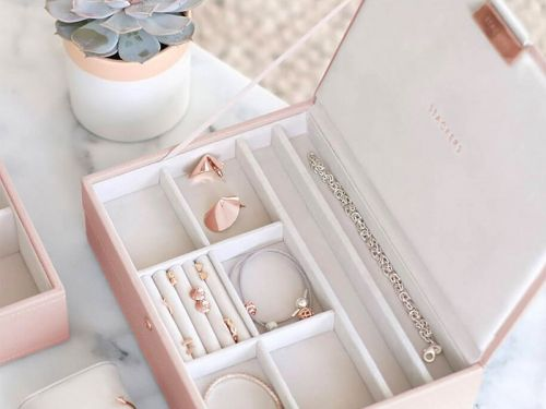 15 beautiful jewelry boxes that won't look clunky on your dresser
