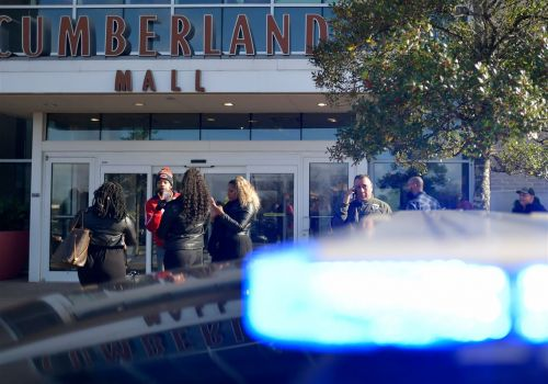 Shooting at suburban Atlanta mall injures 1 as shoppers flee