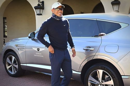 Tiger Woods was driving Genesis GV80 at time of California accident