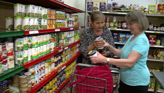 Suburban food pantries provide for hundreds of families in need