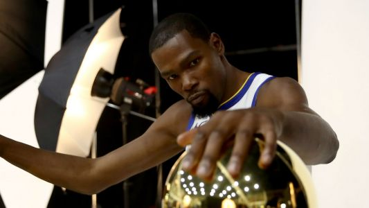 Kevin Durant in no rush to decide Warriors future