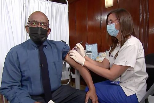 Al Roker gets COVID-19 vaccine on the 'Today' show