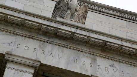 Federal Reserve bans stock trading, other investments for top officials after controversies