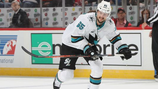 Erik Karlsson nets first goal with San Jose Sharks