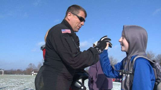 Double amputee U.S. Army veteran inspires local students