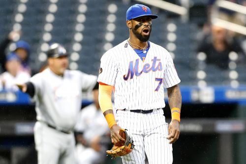 Jose Reyes a liability again after his 2 errors help end Mets' streak
