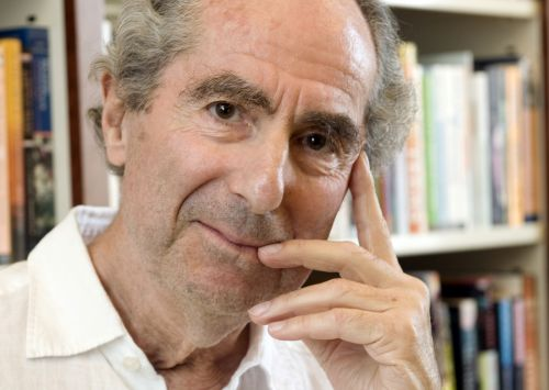 Philip Roth, much-honored writer, dies at 85