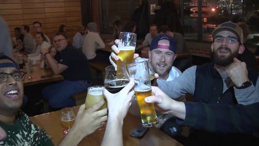 Boston breweries raise pints for Pete Frates in fundraiser