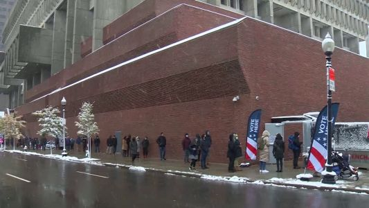 Voters wait in snow on last day of early voting