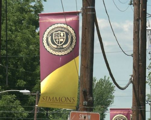 Simmons College expansion plans met with opposition