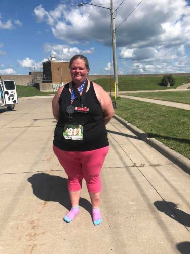 Heaviest woman to finish marathon proves anyone can run