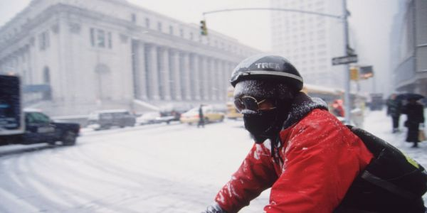 19 of the biggest snowstorms to hit the US in the last century
