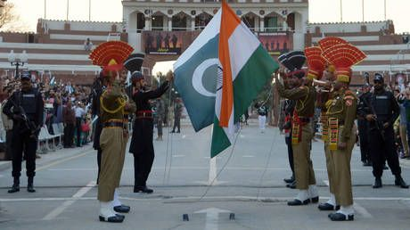 India, Pakistan & Bangladesh should be MERGED, Indian minister suggests