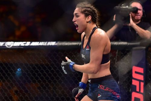 Angela Hill needs new opponent after Alexa Grasso withdraws from UFC Lincoln