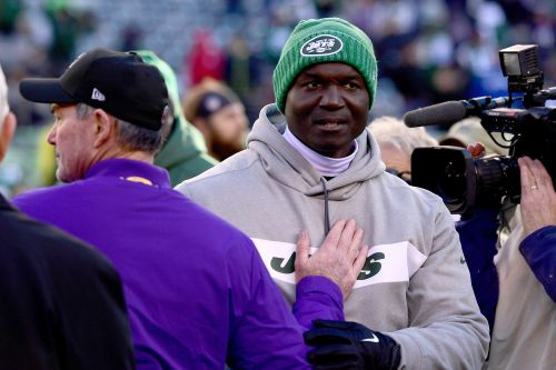 Todd Bowles is sticking by his strange no-timeout call