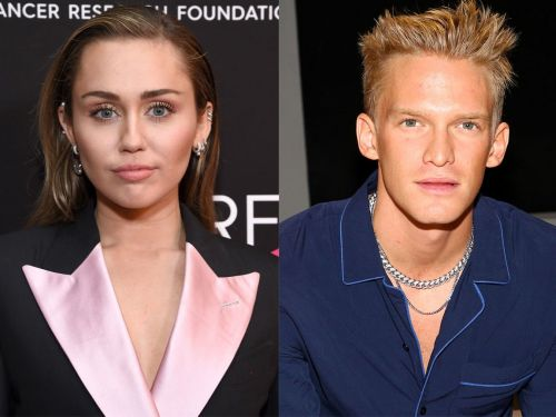 Miley Cyrus was spotted kissing Cody Simpson during a grocery store 'date' 2 weeks after her breakup with Kaitlynn Carter