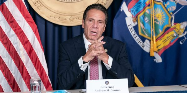 New York lawmakers are calling on Governor Andrew Cuomo to resign following sexual harassment allegations