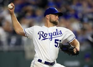 Sparkman shuts down White Sox in Royals' 11-0 win