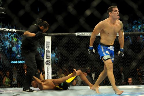Chris Weidman says he took Khamzat Chimaev fight, but rib injury prevented it from happening
