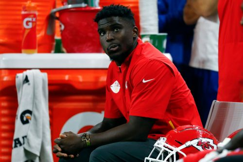 Tyreek Hill's unsettling past puts Super Bowl 2020 fans in awkward spot
